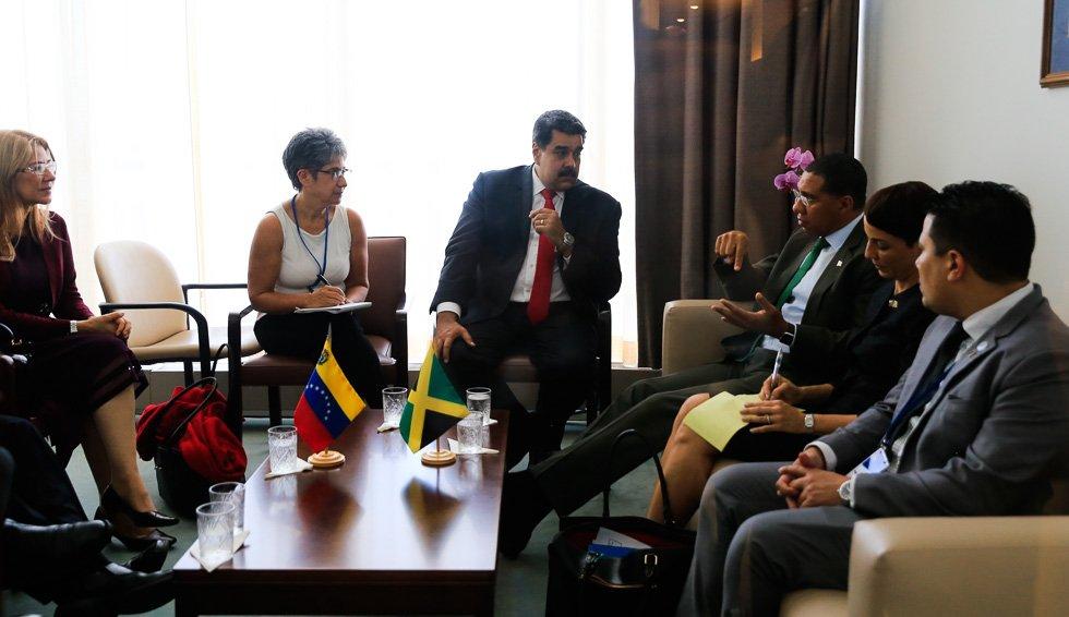 Maduro se reunió en New York con representantes de Irán, Rusia y Jamaica para estrechar lazos de cooperación DoDcG8JXsAAm8dm