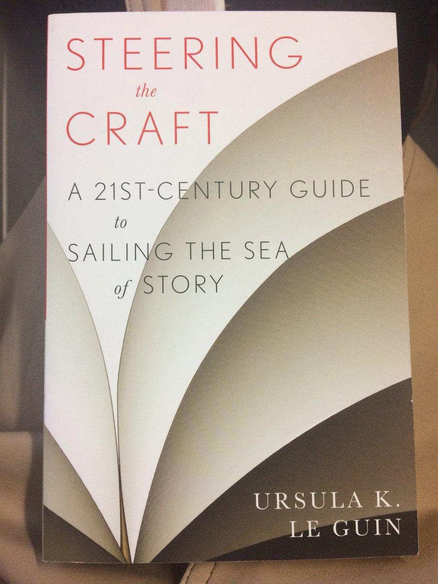 """Ich lese Ursula K. Le Guin und versuche, etwas dazuzulernen. #schreiben  #creativewriting #autorenleben… https://t.co/yPMtG5ZHID"""""""