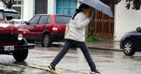 #Clima | #AlertaMeteorológico a muy corto plazo por tormentas fuertes afecta a varios departamentos pampeanos