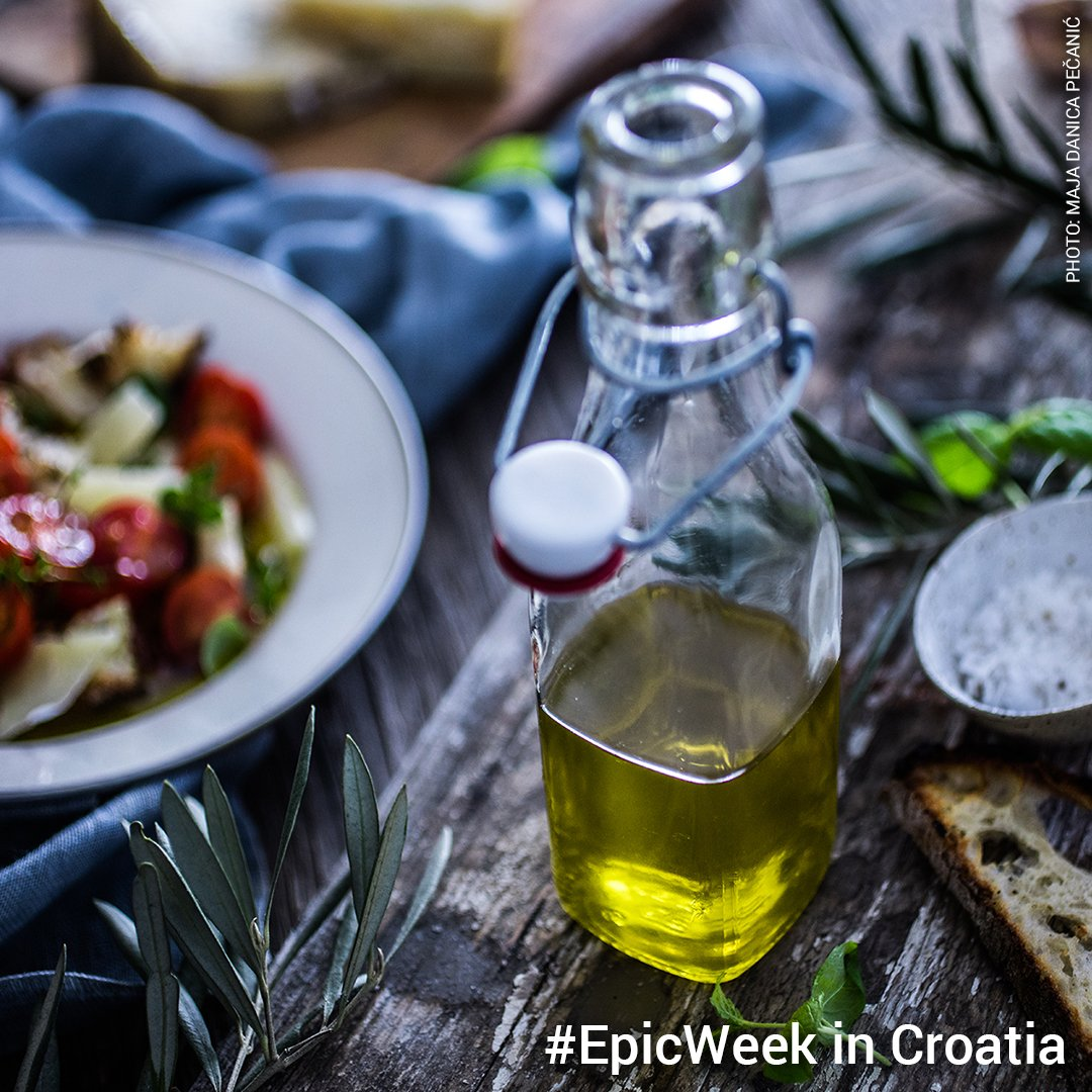 Compete for an #EpicWeek in Croatia and #taste the most awarded #Olive Oil in the World!   http:// bit.ly/2NyrT37     #CroatiaFullOfFlavours<br>http://pic.twitter.com/5PzTeyTQ43