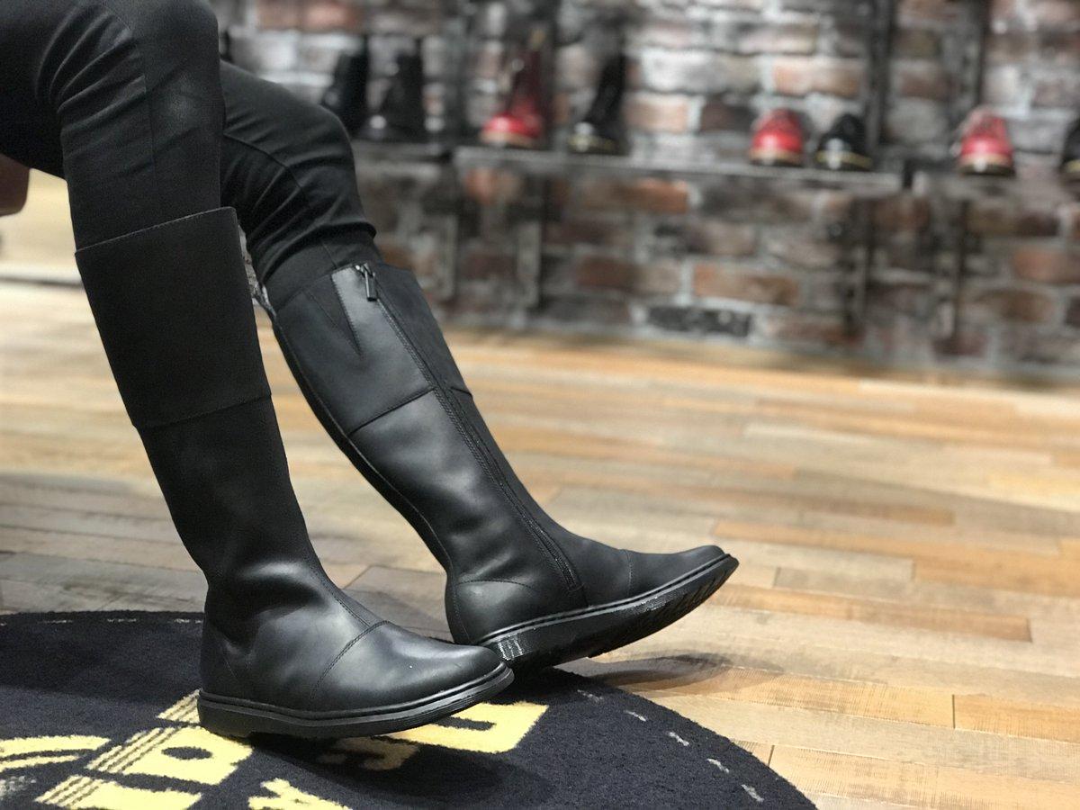 d24204bf9187  AW18  <LAHIRI>は、これからの時期に大活躍のロングブーツ! サイドジップが付いているので着脱楽々! 柔らかい履き心地も魅力的!  是非、一度履きにいらして ...