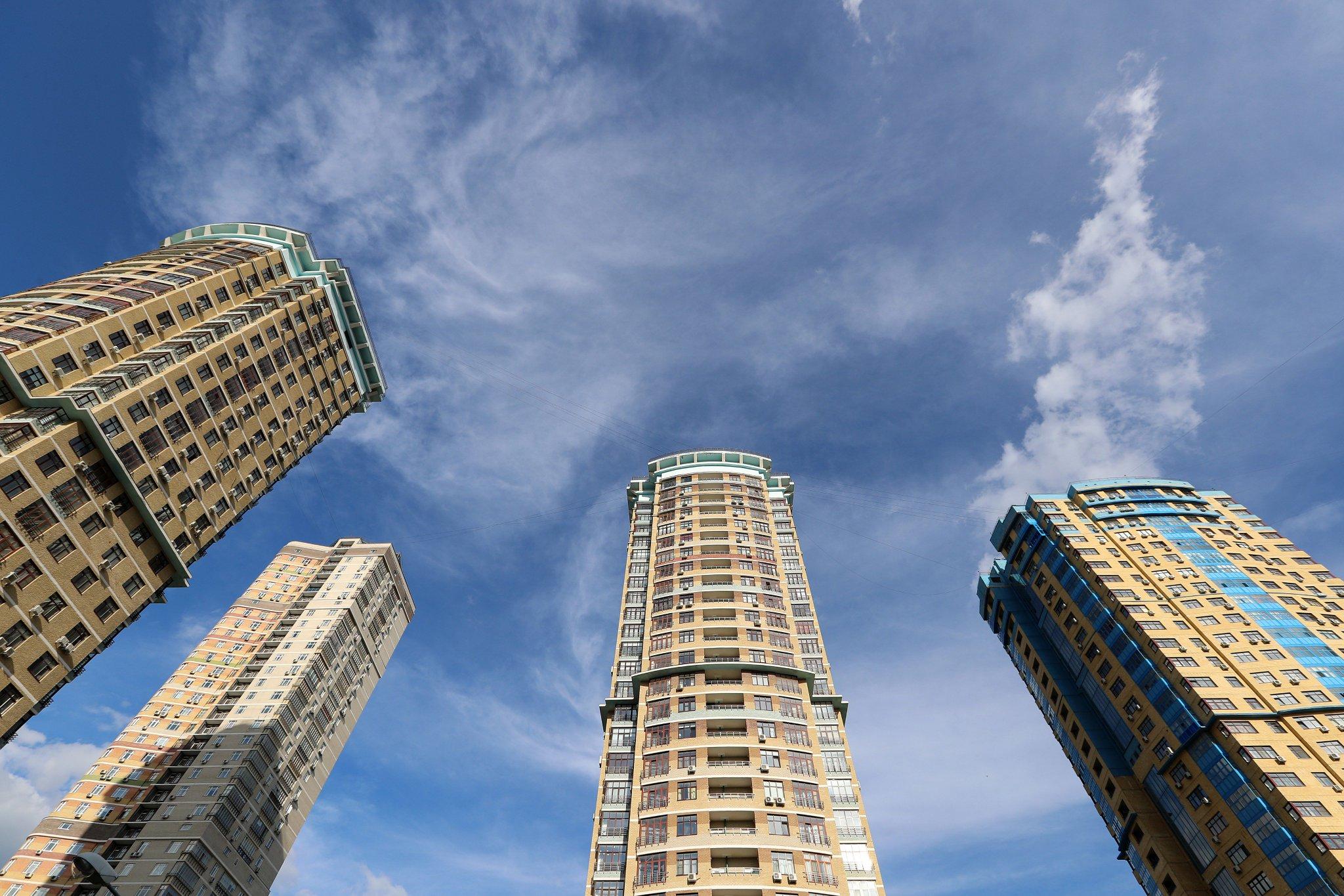 Высотные здания москвы новостройки фотографии
