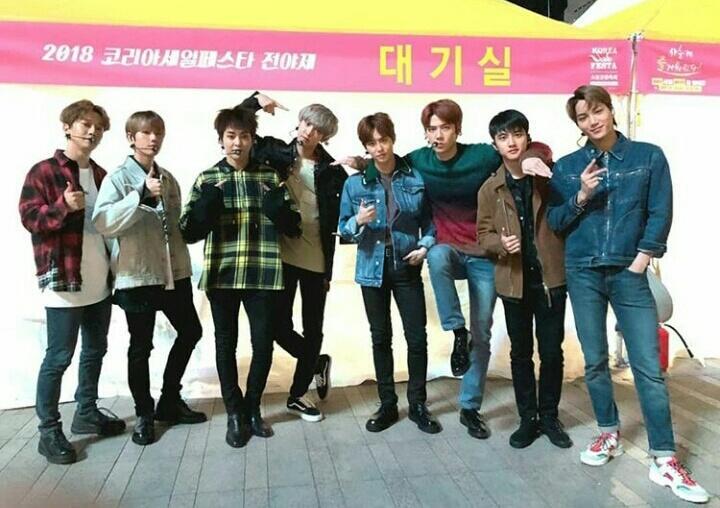 EXO Chanyeol #EXO_KoreaSaleFesta #EXO @weareoneEXO