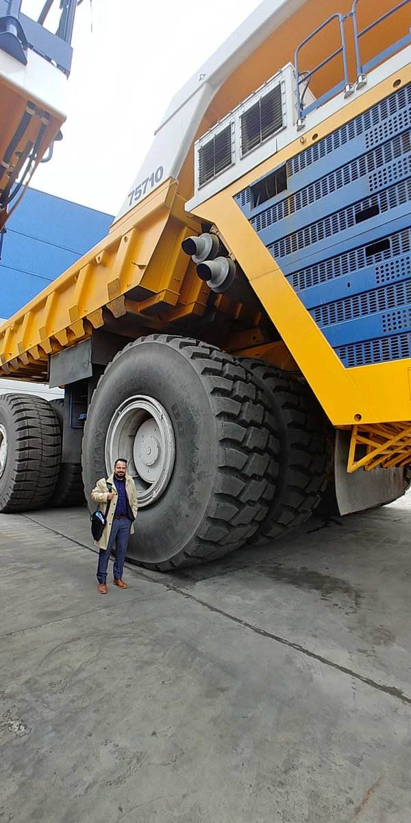 Biggest Truck In The World >> Jeremy Wallace On Twitter Wow Biggest Truck In The World Cerba S