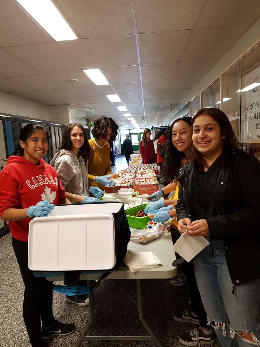 "vmc key club on twitter: ""lots of helping hands at our @icvmcwpg"