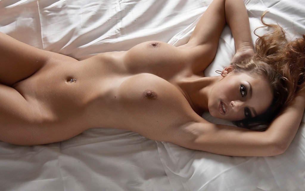 Фото сиськастыми полностью голые самые красивые девушки как застукал