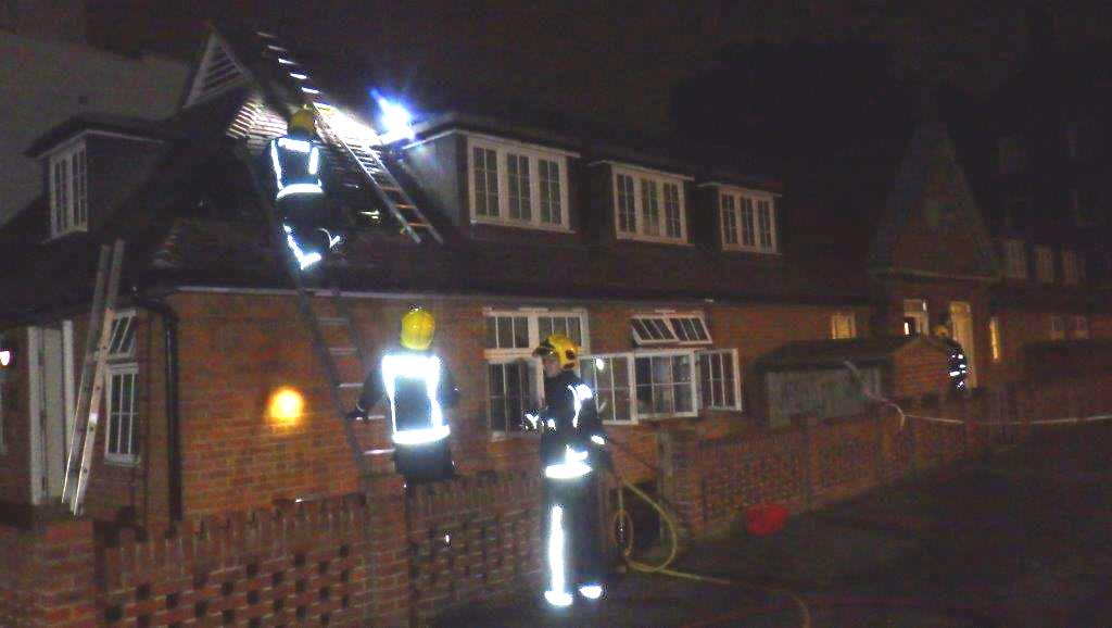 #Thisweek smoke alarms alert sleeping residents to fire in roof in #Hammersmith. https://t.co/SoN4RZjJpH