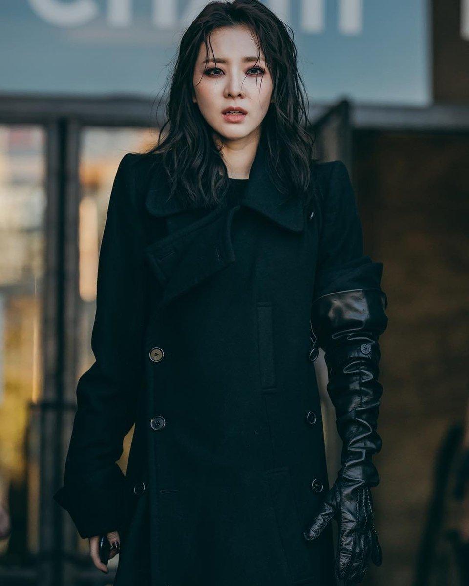 Alexandra Cheron picture