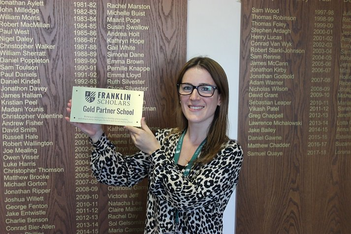 We are proud to announce that SCD has been made a Gold Partner (one of only two schools in the country) for Miss Sacks' work in leading our @FranklinScholar programme. For details of the programme see: https://t.co/7xjSqdjXj0 https://t.co/qGxGP5WxLN