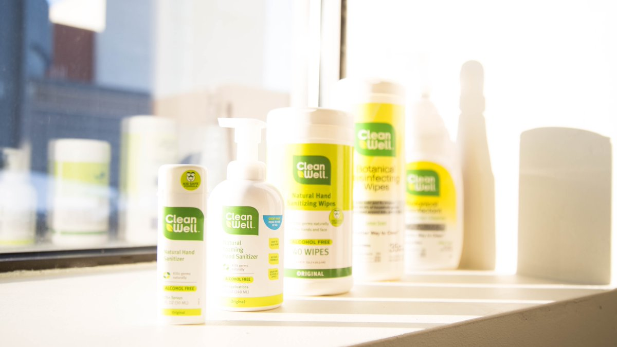 CleanWell has a powerful a line-up of cleaning and disinfecting strength. Hand Wipes, Hand Sprays, All-purpose cleaners... #allpurpose #spray #wipes #disinfect #botanical #germfree #noalcohol #abetterwaytoclean #cleanwell #powerofnature #goodhabits #lineup https://t.co/SYDychnMeK