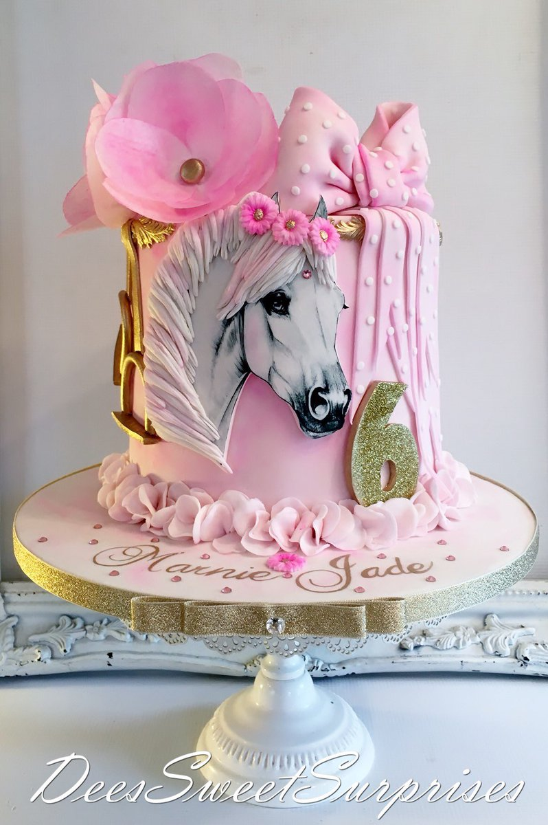 Magnificent Deessweetsurprises On Twitter Horse Themed Birthday Cake Funny Birthday Cards Online Alyptdamsfinfo