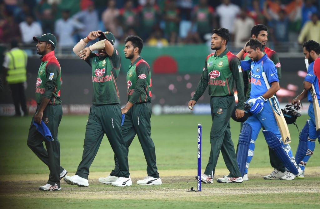 एशिया कप 2018: रवि शास्त्री हुए रोहित की कप्तानी से प्रभावित, कही कप्तानी की वजह से ही जीता टूर्नामेंट 1