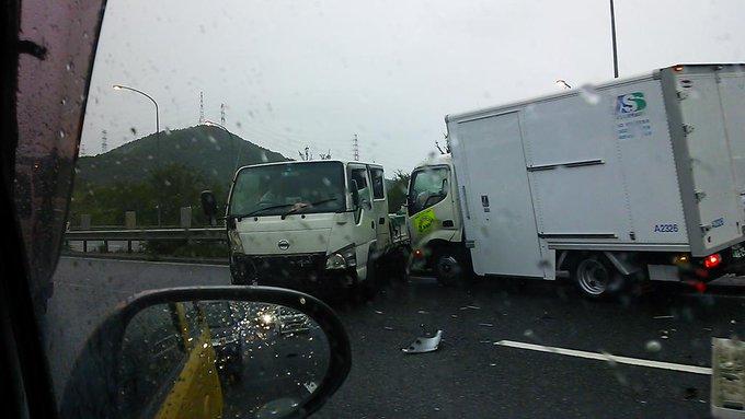 加古川 バイパス 事故 今日