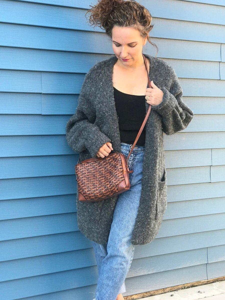 ac6dd42e71270 YES  etsy shop  Vintage Vegan Leather Crossbody Bag Wicker Cross Body Bag  Small Wicker Purse https   etsy.me 2R9yIHq  bagsandpurses  brown   veganleather ...