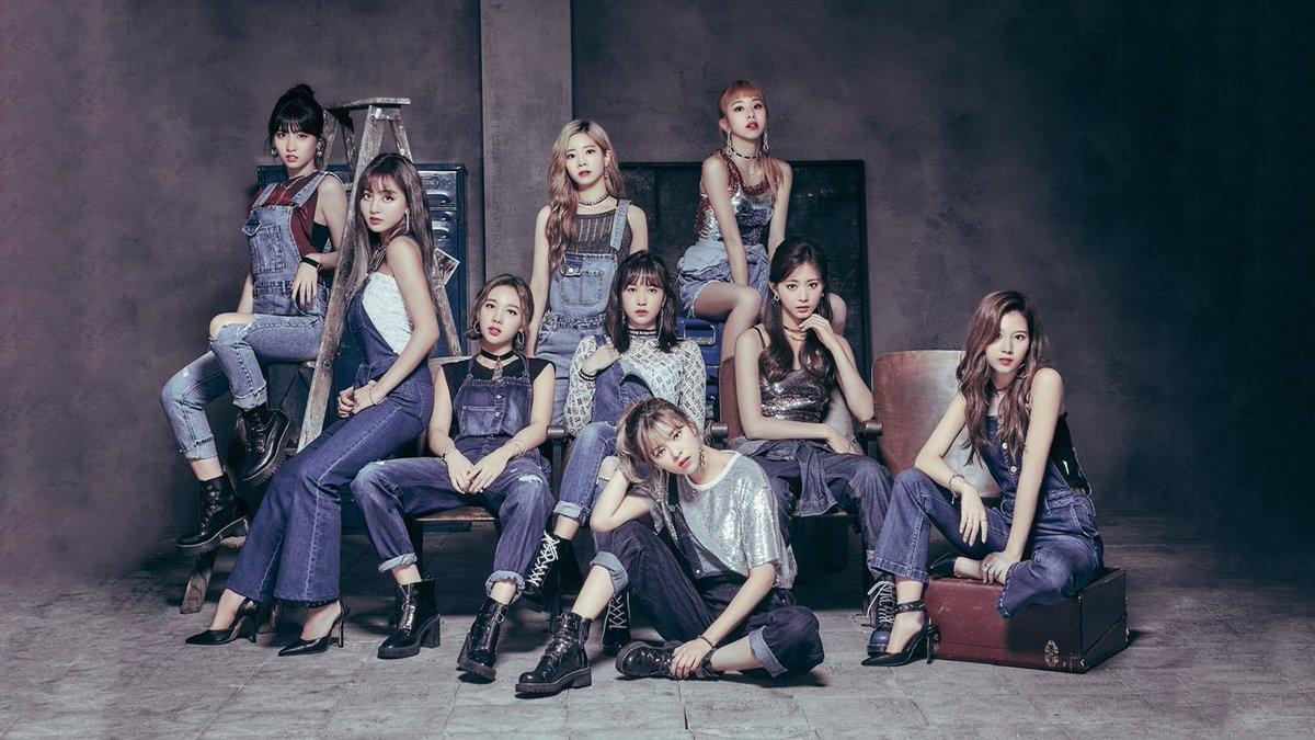 Twice Wallpaperѕ On Twitter Twice 1st Arena Tour 2018 Bdz 1