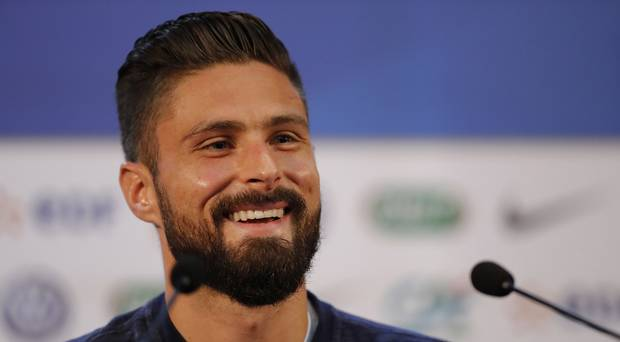 HAPPY BIRTHDAY The best looking man in football turns 32 today.  Happy Birthday to Olivier Giroud.
