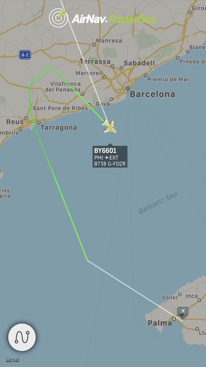 @TUIUK flight outbound Palma de Mallorca is declaring an emergency and diverting #radarbox https://t.co/jtOE5y31yC