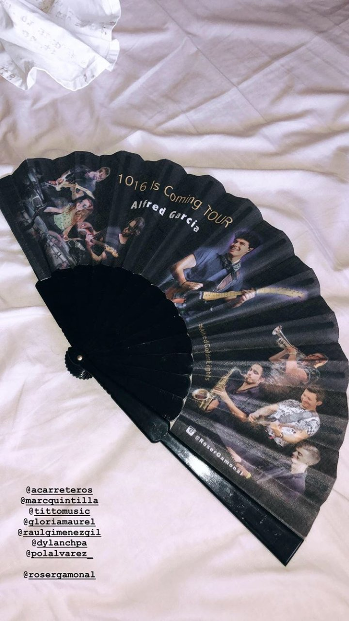 Story de @alfredgarcia  Otro regalo de los fans. #1016IsComingTour https://t.co/cVLppArmru