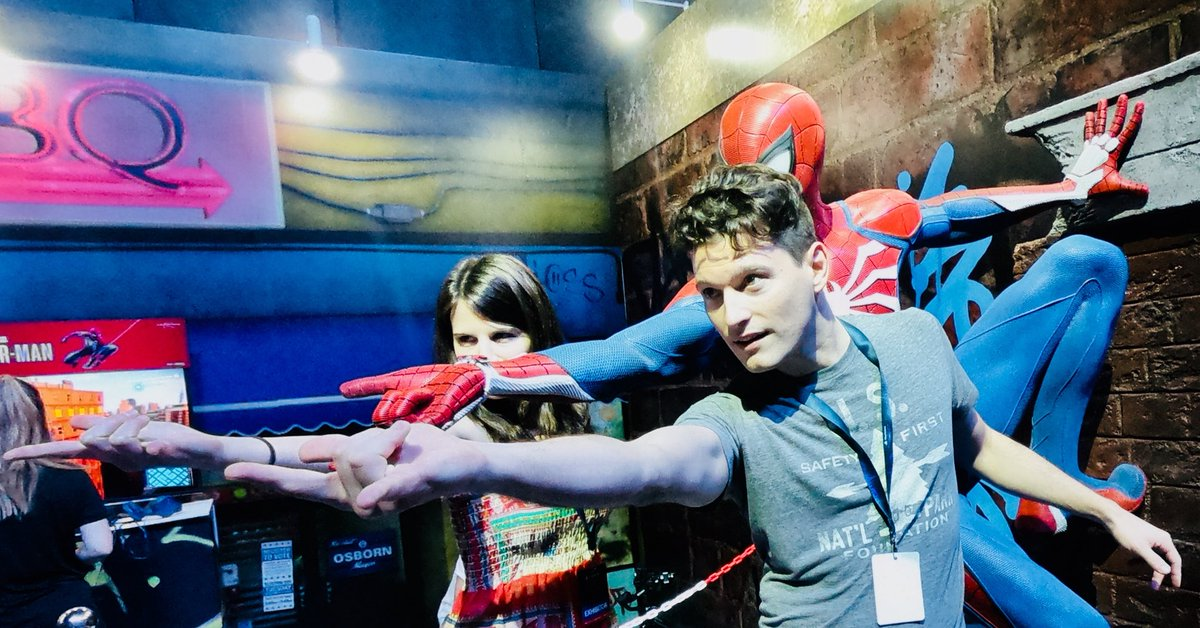 ⭕️LIVE NOW playing #SpiderManPS4 ! < RT to INVITE > and join us on Twitch.tv/BryanDechart !!
