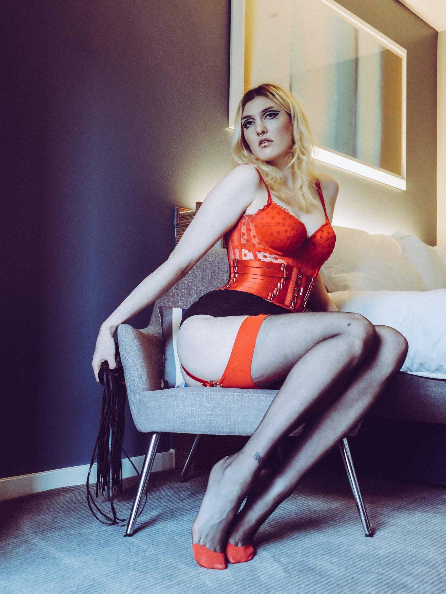 Sarah Calanthe nude (11 photos), Topless, Bikini, Feet, panties 2020