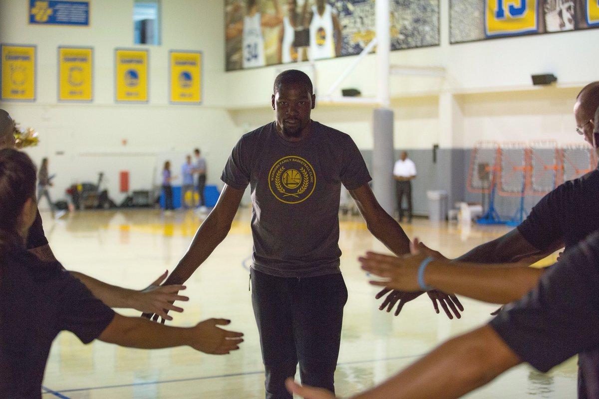 Happy Birthday to back to back NBA Champion and NBA finals MVP, @KDTrey5 🎈