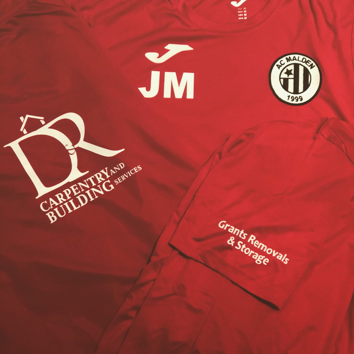 New AC Malden Merch courtesy of our official sponsors this season D&R Carpentry & Grant's Removals 🔴⚫️🔴⚫️
