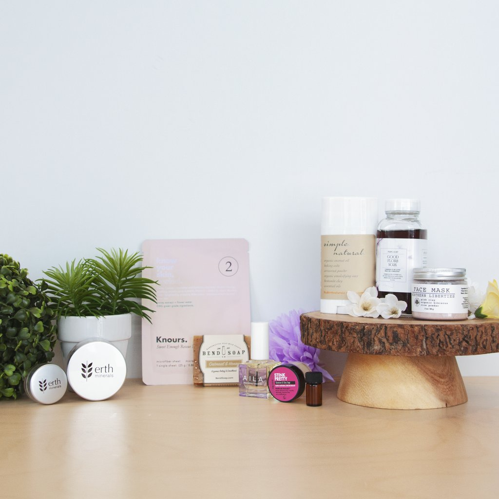 Last few days to shop our September Limited Edition Beauty Box ❤️ Don't miss out on goodies from @bendsoapcompany, @whiffcraft, @frankdandwhit, @ErthMineralsBea @blubirdnaturals, @purplgoat and @knoursknows 🎁 Learn more: https://t.co/ZTDR6ZTJqa https://t.co/2JsFlTtLkY