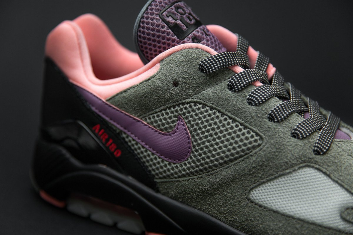 9fd950380a #size #nike #airmax1 #airmax180 #dusktodawn  #lacesoutfestpic.twitter.com/BzYw9i2Sxh