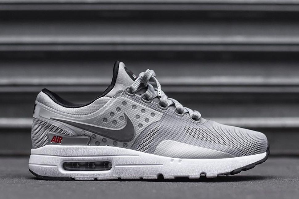 2e50f0a1cb09 ... metallic silver shop now t.co jx30rdl3reu2026 cdf55 4def1  hot sneaker  shouts on twitter huge steal 60 off free shipping on the nike air max