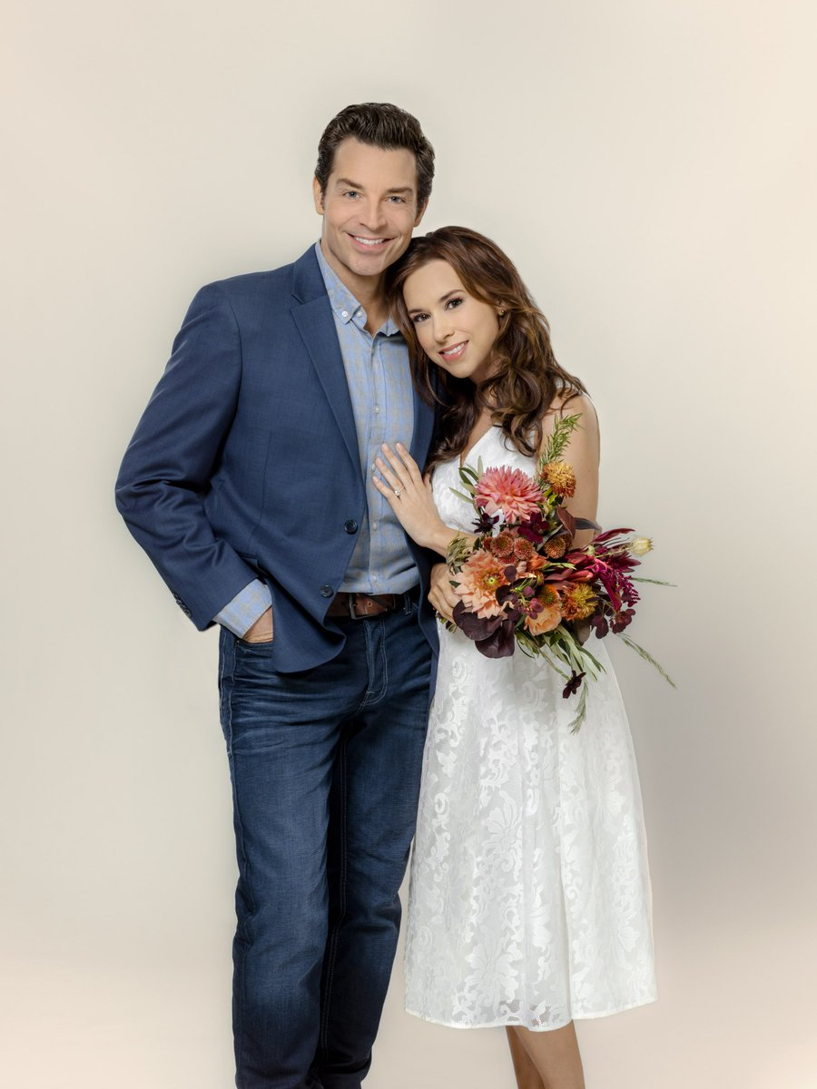 Lacey Chabert Wedding.Lacey Chabert Central On Twitter All Of My Heart The Wedding