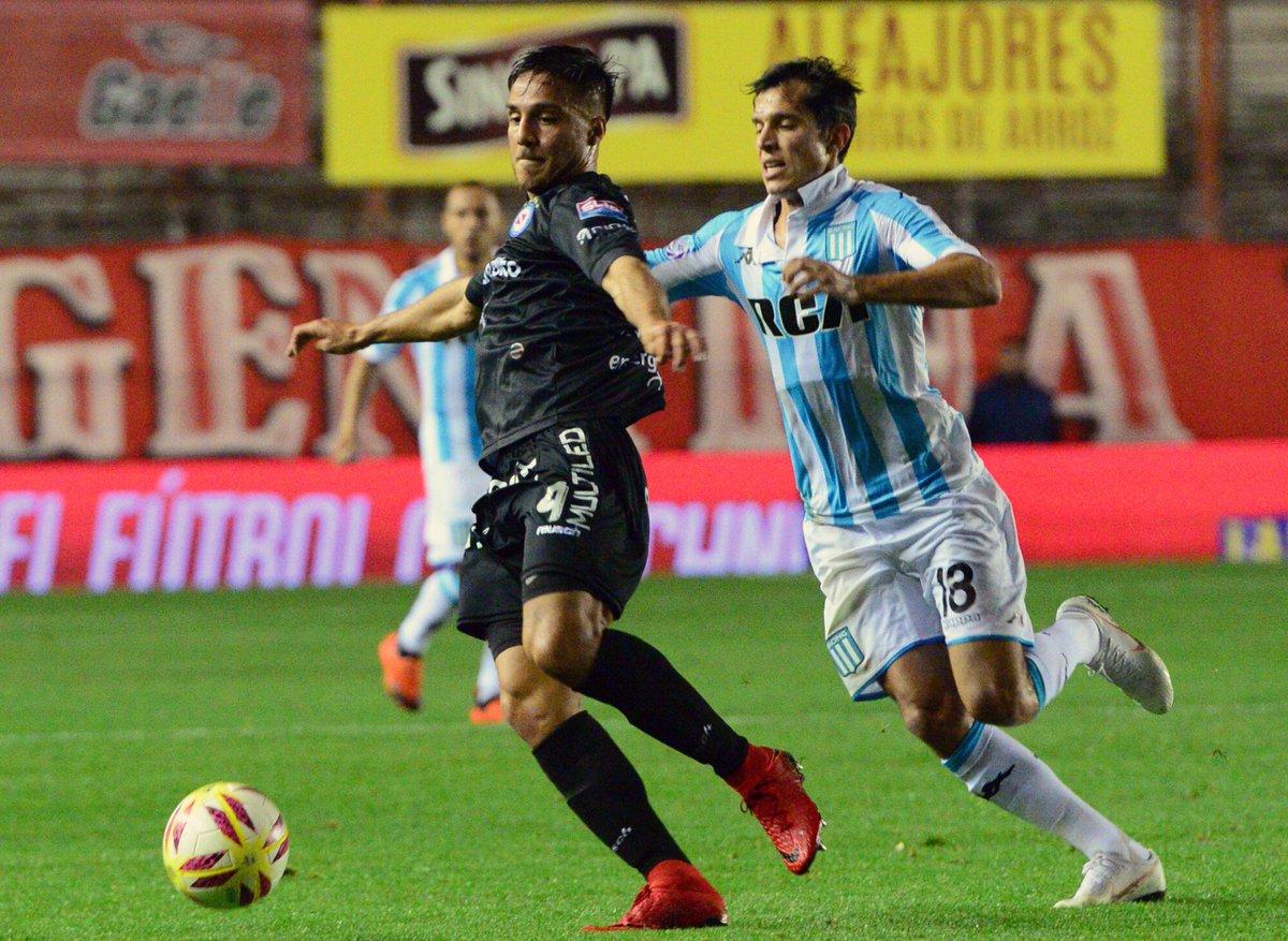 Superliga | Racing venció a Argentinos Juniors en La Paternal y se cortó en la cima