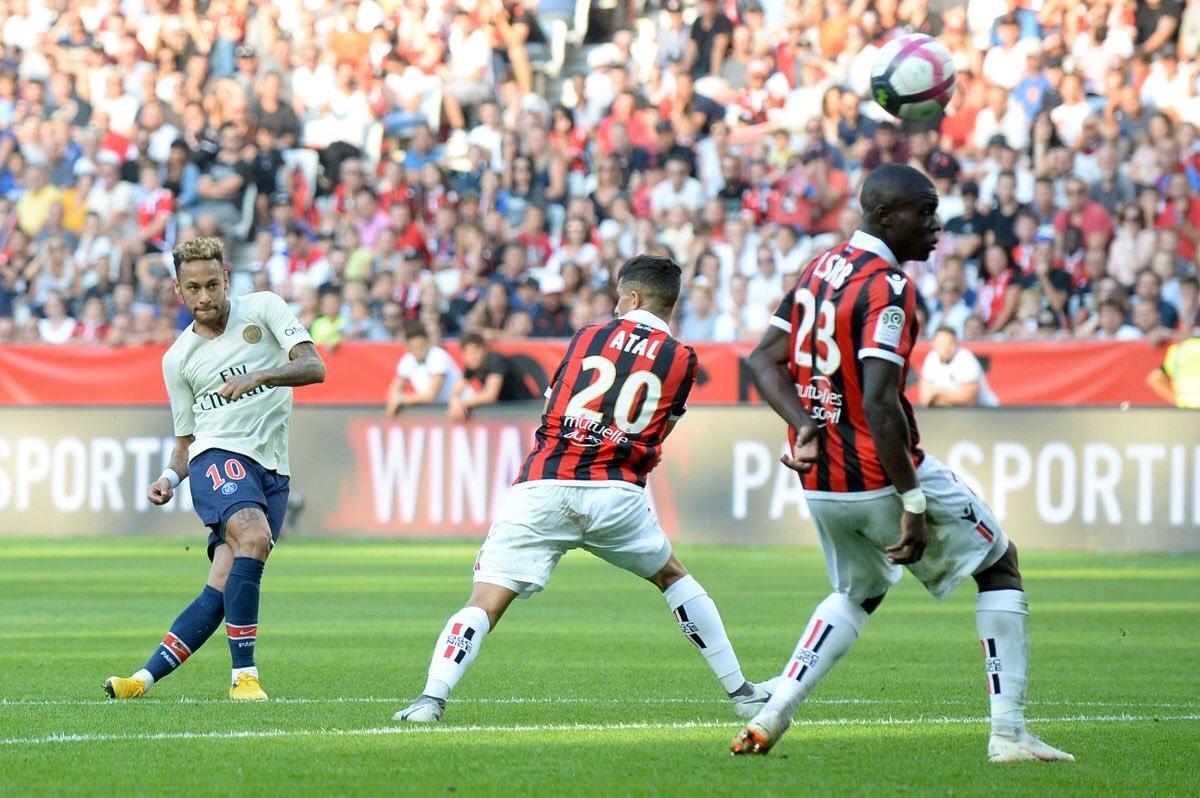 Liga Francesa | Neymar, con un doblete, hace entrar en la historia al PSG
