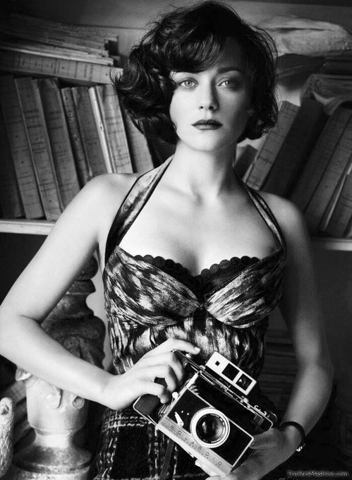 ""\""""Maybe you and I are just a dream."""" Edie Parker  Happy Birthday Marion Cotillard !""499|680|?|en|2|f18fb18a72799642bb502e1e7c3a347f|False|UNSURE|0.3020220696926117