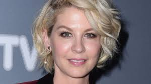 September, the 30st. Born on this day (1971) JENNA ELFMAN. Happy birthday!!