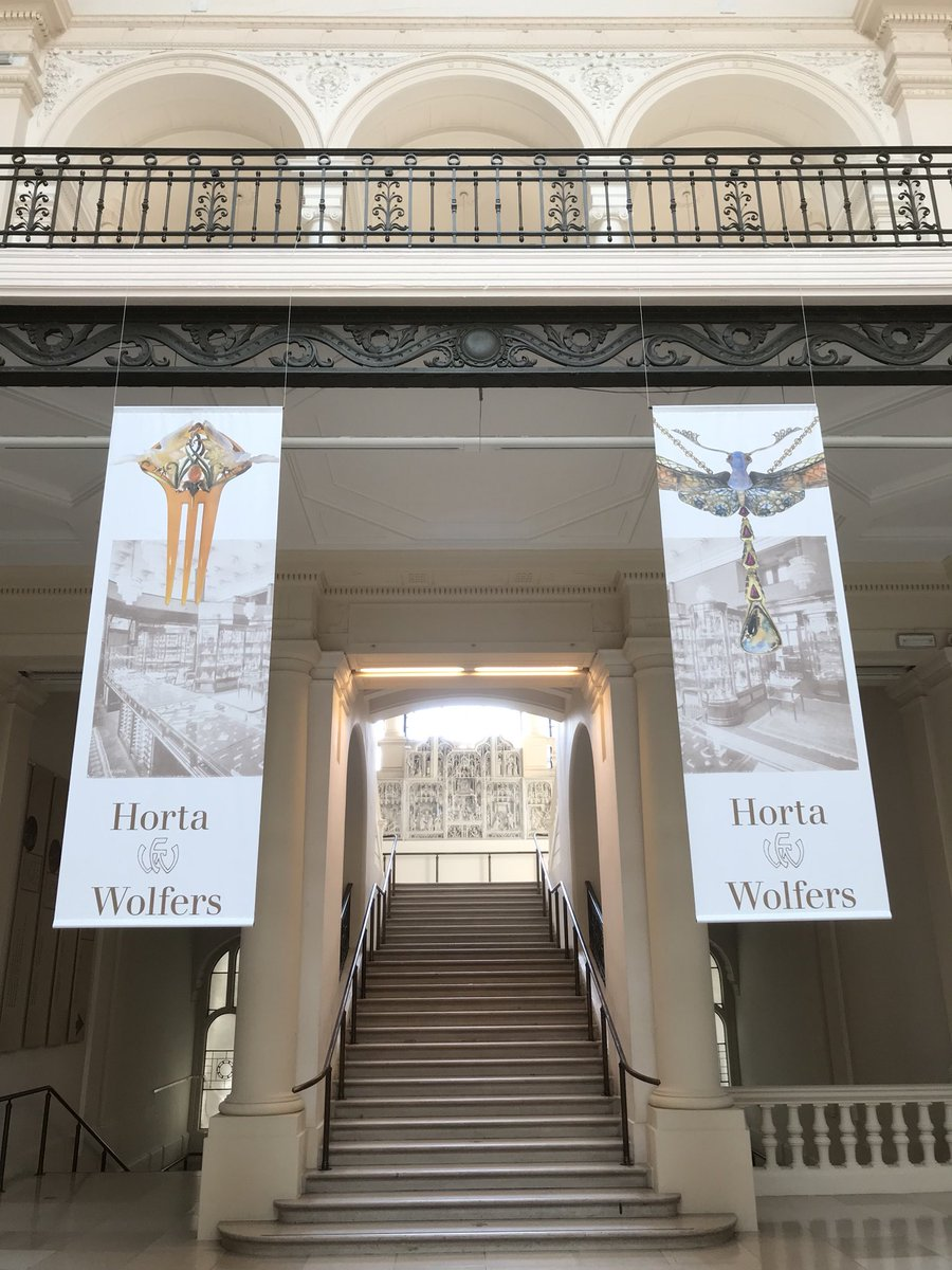 I travelled back in time @ArtHistoryBRU on this Sunday afternoon. I was able to admire the Wolfers Frères jewellery store, as it was created by Art Nouveau architect Victor Horta in 1912! #Belgium #brussels #museum #artnouveau #artdeco #victorhorta #wolfers<br>http://pic.twitter.com/oBTbGNVAU3