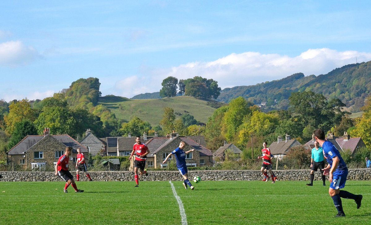 Another Peak District ground in an idyllic location. @SMFC_UTS  @NonLeagueCrowd Full set here: https://flic.kr/s/aHsmoqE6Q3  pic.twitter.com/KIbtcUyvMC