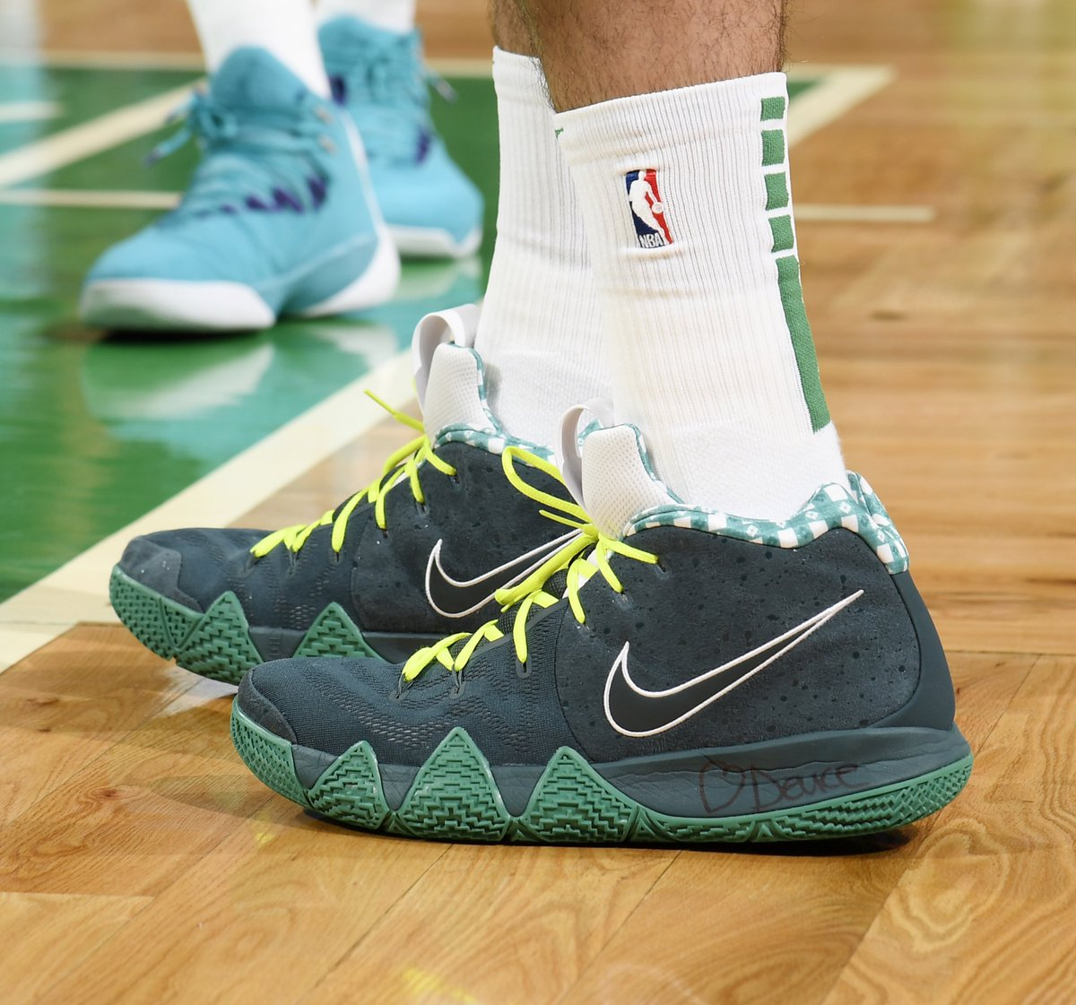solewatch jaytatum0 wearing the green lobster cncpts x nike kyrie 4  babsphoto 7544147e2