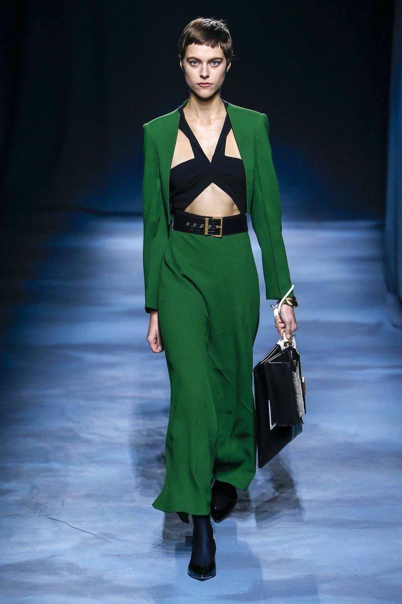 Givenchy 2019 İlkbahar Yaz Defilesinden Detay Avı