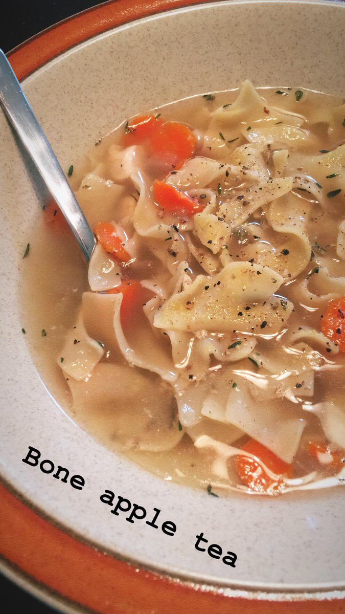 Soup season recipe #1  Abby's EZ Crock Pot Chicken Noodle Soup https://t.co/fc6whIzEgc