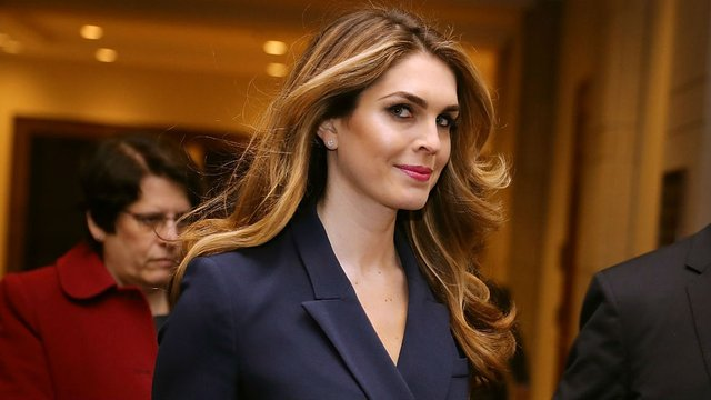 JUST IN: Hope Hicks to become Fox chief communications officer hill.cm/GDuycDt