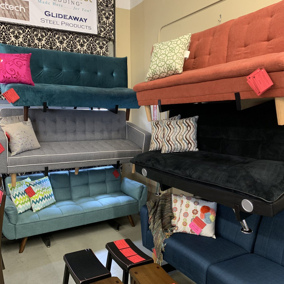 All Starting At 10% Off! Http://bit.ly/2QntlD8 #furniture #sofabeds  #interiordesign #futons #mcminnville #shoplocalpic.twitter.com/N0Q4K9E8PU