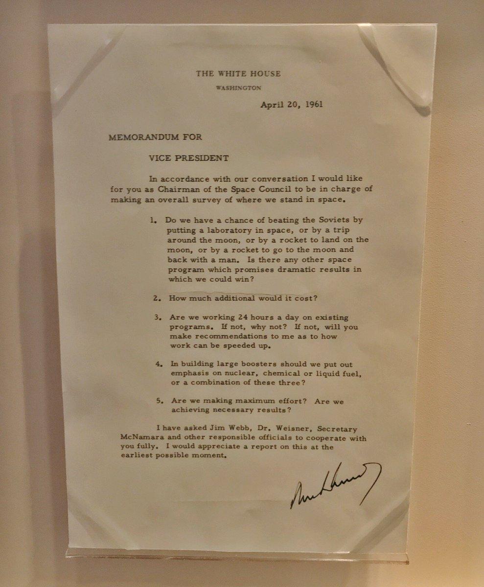 Kenedijev memorandum