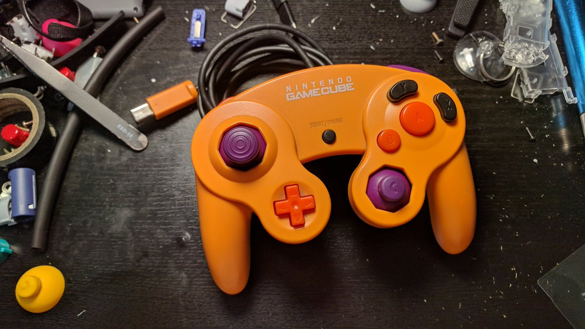 It's finally Spooktober and what better way to start the month than with a giveaway!   Just gotta RT and Follow in order to enter.  Giveaway ends on October 13th!  Controller includes - Tactile Z - Custom Buttons - Alternate Control Stick - Tri-wing screwdriver