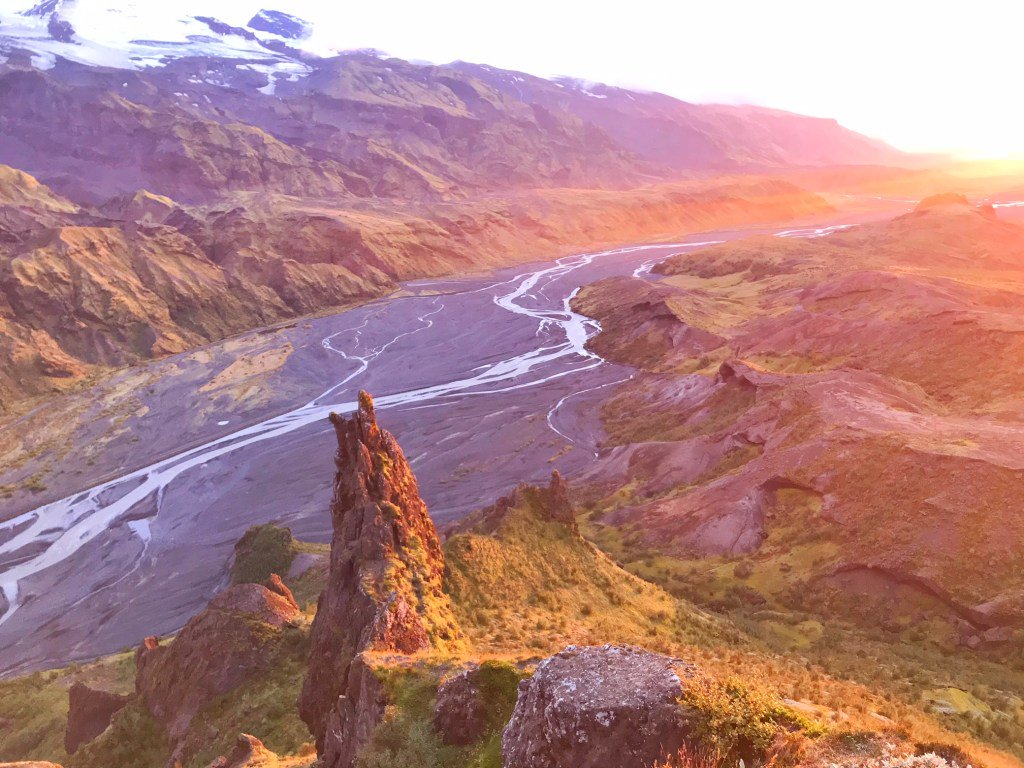5 Things To Know Before Visiting Thorsmork Iceland followmeaway.com/thorsmork-icel…
