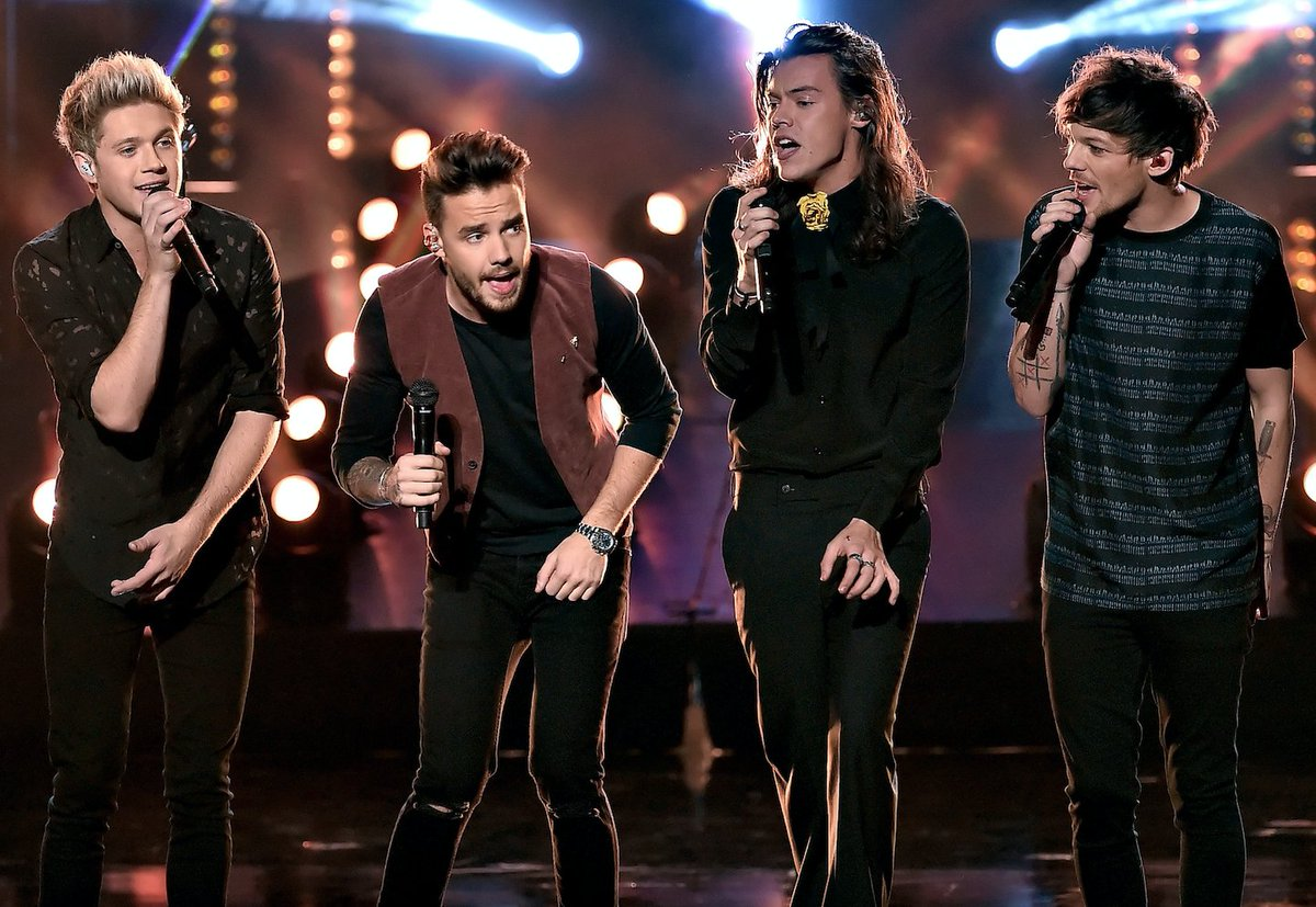 Louis Tomlinson admits writing solo songs is harder than creating #OneDirection hits! >> https://t.co/ltKsCBQNXZ