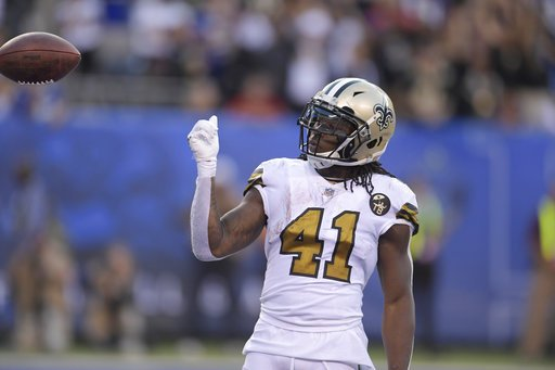 Alvin Kamara is the first player in NFL history with 1,000 rushing yards and 1,000 receiving yards in his first 20 career games.  @EliasSports