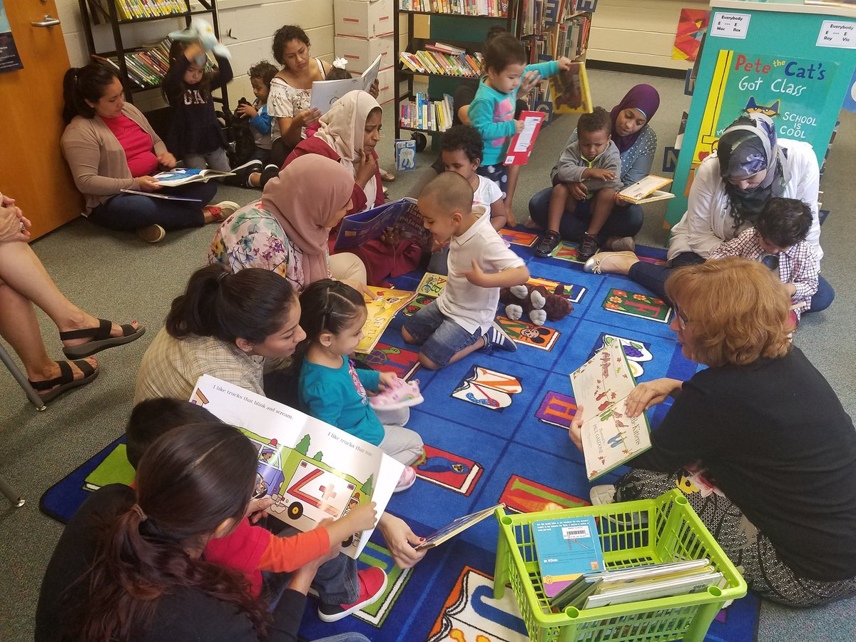 Even Start moms and kids visit Barcroft library together. Practicing after a modeled read aloud. <a target='_blank' href='http://twitter.com/BarcroftLibrary'>@BarcroftLibrary</a> <a target='_blank' href='http://twitter.com/BiBaChat'>@BiBaChat</a> <a target='_blank' href='http://twitter.com/BarcroftEagles'>@BarcroftEagles</a> <a target='_blank' href='http://twitter.com/APS_ESOL'>@APS_ESOL</a> <a target='_blank' href='http://twitter.com/APSTitleI'>@APSTitleI</a> <a target='_blank' href='https://t.co/lOAQTsQp8G'>https://t.co/lOAQTsQp8G</a>