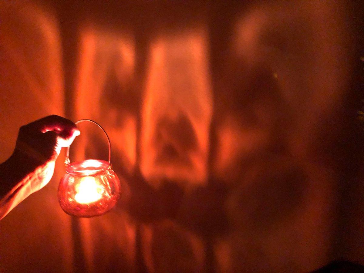 test ツイッターメディア - ダイソーでひと目惚れしたジャックオーランタンのガラスポット?? 中にキャンドルを入れると…Boo?? 部屋の雰囲気が一気に素晴らしく不気味で素敵になるのでおすすめ? #ダイソー #ハロウィン https://t.co/HEXrJx3FhH