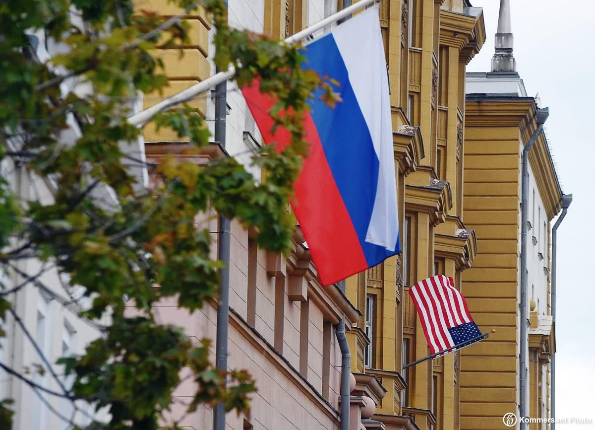 расскажу фото российского посольства в других странах вариант