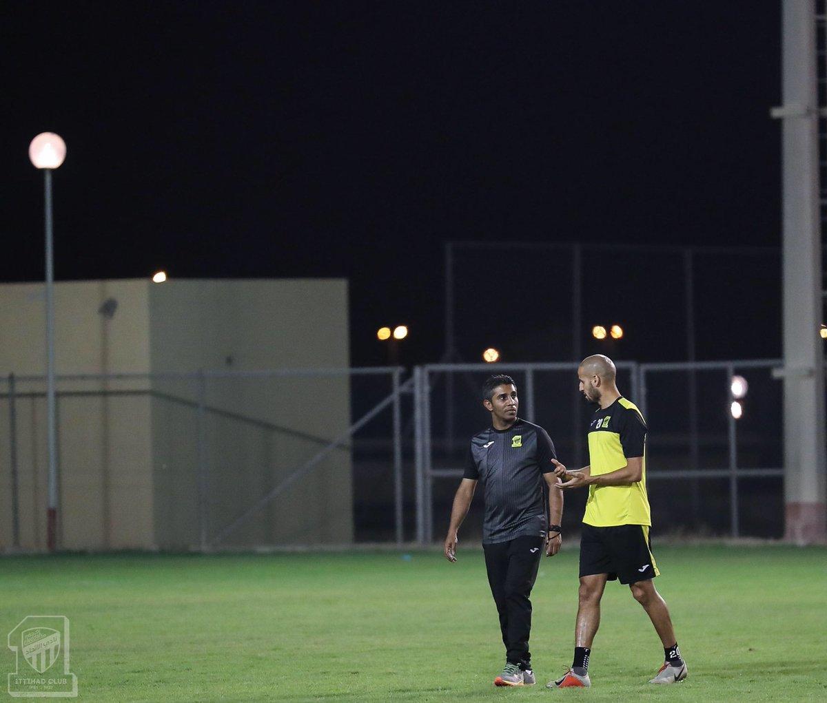 المركز الإعلامي/📸 صور الحصة التدريبية للفريق الكروي الأول مساء اليوم الثلاثاء
